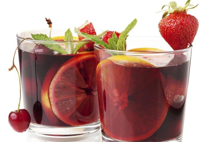 Verë e ëmbël spanjolle (Sangria)